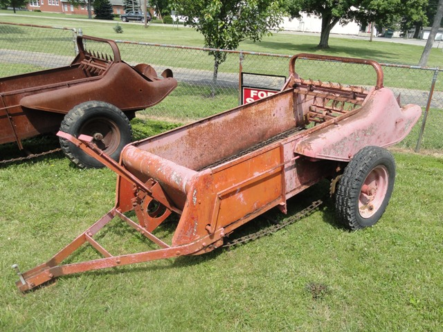 Farmall Manure Spreader : Manure spreader value farmall cub